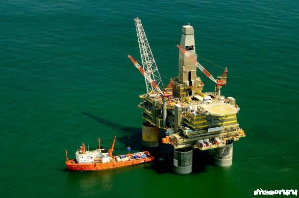 Русская нефтяная платформа